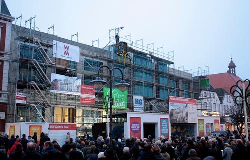 Richtfest für das Husum Shopping Center mit 400 Gästen und Peter Harry Carstensen