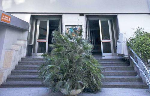 Roma Garbatella Uffici in locazione via Cristoforo Colombo 112