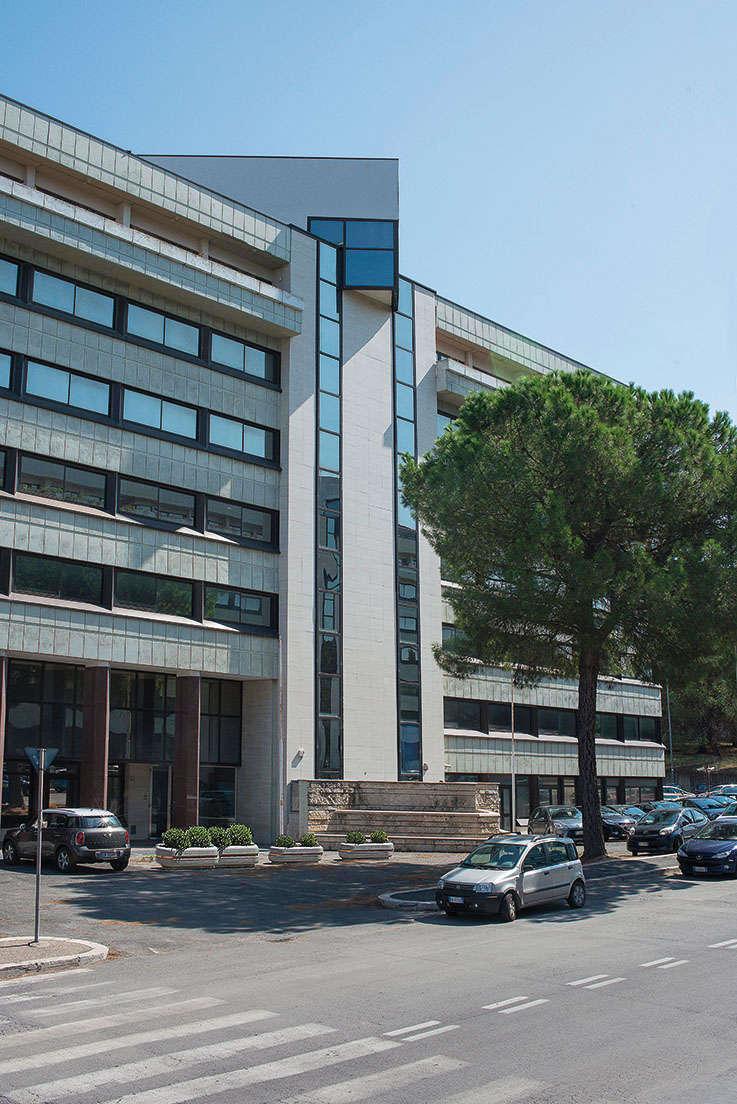 Roma eur uffici in locazione via bianchini 60 prelios for Uffici eur roma
